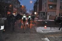 Kars'ta Öğrencilerin Sakladığı Çanta Polisi Alarma Geçirdi