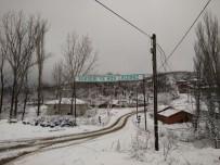 Kepsut'ta Okullar Kar Nedeniyle Tatil Edildi