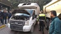 TRAFİK POLİSİ - (Özel) Kamyonet Hırsızları İle Polis Arasındaki Nefes Kesen Kovalamaca Kamerada