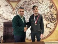 MUSTAFA TUNA - Satranç Turnuvası'ndan Başarıyla Döndüler