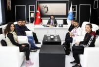 BİLEK GÜREŞİ - Üniversiteli Milli Sporculardan Rektör Karacoşkun'a Ziyaret