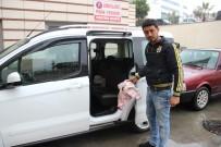DOĞUM SANCISI - Ambulans Verilmeyince Arabada Doğum Yaptı