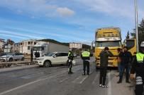 ALPARSLAN TÜRKEŞ - Bucak'ta Zincirleme Kaza Açıklaması 2 Yaralı