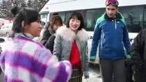Çinli Sosyal Medya Fenomenlerinin Sarıkamış'ta Kayak Keyfi