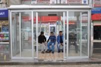 CİZRE BELEDİYESİ - Cizre'de Klimalı Durak Dönemi