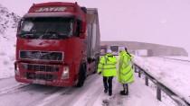 GÜNCELLEME - Erzincan-Sivas Kara Yolu Ulaşıma Açıldı