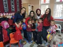 YASIN ÖZTÜRK - Trabzon Üniversitesi Öğrencileri 'Mutlu Çocuklar İçin' Sloganıyla Köy Okullarına Destek Oluyor