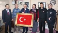 ERSIN YAZıCı - Vali Yazıcı Şehit Ailelerini Ziyaret Etti