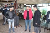 Antalya'da Denizde Başlayan Hortum Bir Büfeyi Harabeye Çevirdi