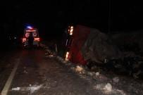 Karaman'da Muz Yüklü Kamyon Devrildi Açıklaması 1 Yaralı