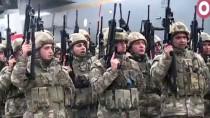 TUGAY KOMUTANI - Kars'tan bir tabur komando Şanlıurfa'ya uğurlandı