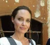 ANGELİNA JOLİE - Angelina Jolie Politikaya Girebileceğini İma Etti