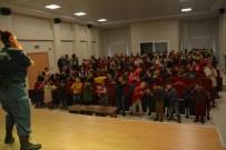 TRAFİK EĞİTİMİ - Belen'de Jandarmadan Çocuklara Trafik Eğitimi