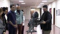 FıRAT ÜNIVERSITESI - Hocalı Katliamını Hurda Metalden Yaptığı Heykel İle Anlattı