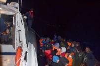 İzmir Dikili'de 59 Düzensiz Göçmen Yakalandı