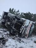 Kar Ve Buzlanma Nedeniyle Midibüs Yoldan Çıkarak Devrildi Açıklaması 7 Yaralı