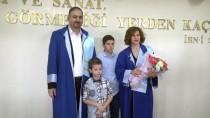 İLETİŞİM FAKÜLTESİ - Karı Koca Akademisyenler Doçentlik Binişi Giydi