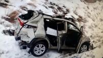 KARAKURT - Sarıkamış'ta Trafik Kazası Açıklaması 1 Ölü, 3 Yaralı