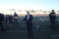 '15 Bin Eve 15 Bin Bisiklet' Kampanyası Çerçevesinde 500 Bisiklet Daha Dağıtıldı
