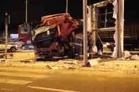TIR ŞOFÖRÜ - Başkent'te Tır Kazası Açıklaması 1 Yaralı