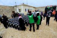 Çadırlarda Yaşayan Suriyelilere Soba Dağıtıldı