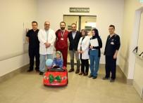 Çocuklar Ameliyata Akülü Araba İle Gidiyor