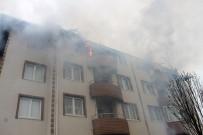Kalıcı Konutlarda Yangın Dehşeti Açıklaması 4 Daire Küle Döndü