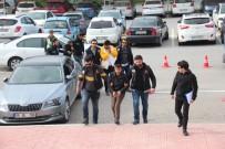 ALIŞVERİŞ MERKEZİ - Bodrum'da Suçüstü Yakalanan 3 Uyuşturucu Taciri Tutuklandı