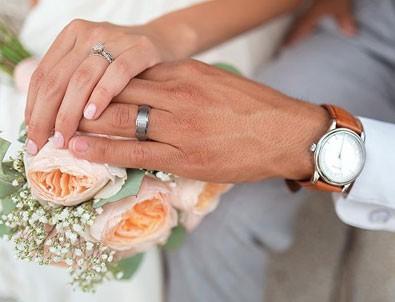 Çin'de 'pahalı düğün hediyeleri almayın' çağrısı