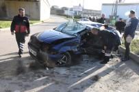 Kamyonla Otomobil Çarpıştı Açıklaması 2 Yaralı
