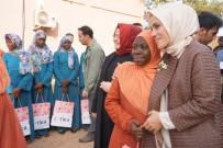 ZEHRA ZÜMRÜT SELÇUK - TİKA'dan Burkina Faso'da Gıda Yardımı