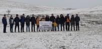 ESENDERE - Yüksekovalı Öğretmen Ve Öğrencilerden Doğa Yürüyüşü