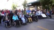 ATINA - Yunanistan'da Engellilerden Gösteri