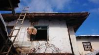 AHŞAP EV - Kütahya'da Bir Ahşap Evde Yangın