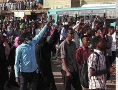 Müslüman ülkelerde olaylar çıktı