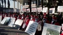 ÇİZGİ FİLM - Arsa Mağdurlarından 'Noel Baba' Kıyafetli Eylem