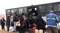 GÜMRÜK MUHAFAZA - Bayram Ziyaretine Giden 3 Bin Suriyeli Ülkelerinde Kaldı