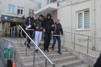 SAVCILIK SORGUSU - Bursa Polisinden Tacirlere Yıl Sonu Darbesi