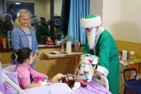 NASREDDIN HOCA - Nasreddin Hoca, Yeni Yılda Kanser Hastası Çocukları Sevindirdi