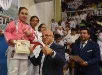 KARATE - Salihli'de Karate Rüzgarı Esti