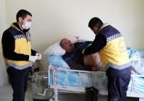 AMBULANS ŞOFÖRÜ - Van Büyükşehir Belediyesinden Evde Bakım Hizmeti