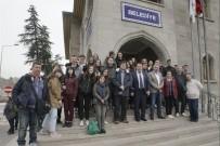 NEVŞEHİR BELEDİYESİ - 5 Ülkeden 40 Öğretmen Ve Öğrenci Nevşehir Belediyesi'ni Ziyaret Etti