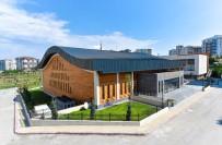 SPOR MERKEZİ - Buz Pateni Sarayı Açılmak İçin Hazır