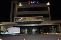 TEMİZLİK GÖREVLİSİ - Diyarbakır'da Sağlık Çalışanları Darp Edildi