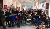 ALINUR AKTAŞ - Engelli Ressamlar Hünerlerini Bursalılara Sundu