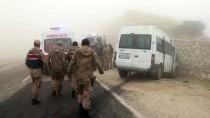ANTAKYA - Hatay'da İki Minibüs Çarpıştı Açıklaması 13 Yaralı