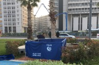 DENİZ POLİSİ - İzmir'de Denizden 18 Yaşındaki Gencin Cesedi Çıktı