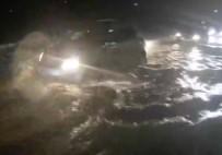 ABDURRAHMAN BULUT - Kıbrıs'ta Cadde Ve Sokaklar Su Altında