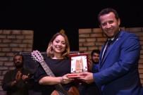 TİYATRO FESTİVALİ - 'Otogargara' Oyunu İlgiyle İzlendi