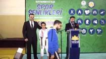 HÜSEYIN KESKIN - Sultanbeyli'de Spor Şenliği